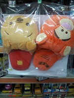 Disney WinnieThe Pooh 小熊維尼絨毛室內拖鞋