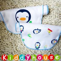 bb嬰兒用品~優質可愛印花4層紗布大號墊背吸汗隔汗巾 (企鵝2條組) BB1225 現貨