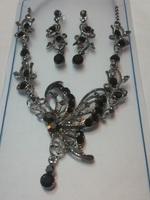 ❤ 母親節禮物推介 ❤ 優雅黑色閃石蝴蝶晚宴耳環頸鏈套裝 ❤