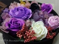[結婚/求婚佈置用品] 高檔香皂玫瑰花配永生保鮮花圓形禮盒