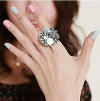 玫瑰花珍珠戒指