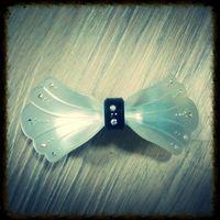 K15 白色蝴蝶閃石髮夾