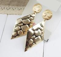 金色菱形耳環