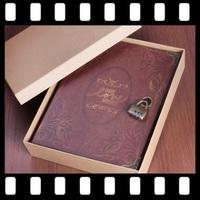 【情人節DIY 手作禮物推介】高級復古密碼鎖Our Love Story DIY情侶相簿  (連禮盒)