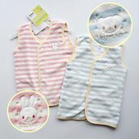 (向日葵小屋)日本原單 嬰兒服裝 童裝 保暖 珊瑚絨 單層嬰兒背心外套  包被 抱被 背心睡袋 3個月至3歲 均碼#5541