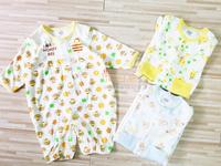 ((向日葵小屋))日本 原單 純棉全棉 bb連身衫 嬰兒 側開扣 連身衣 印花圖案 小蜜蜂 小熊 50-60cm 四季皆宜 105438