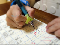 兒童幼兒學習用品 / 揸筆寫字必備  防滑矯型筆套 小手肌訓練 (2SETS-4個)
