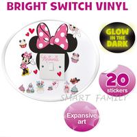英國直送 迪士尼Disney Minnie Mouse Light My Way Light Switch Cover 米妮夜光燈制牆貼 兒童幼兒家居自理用品
